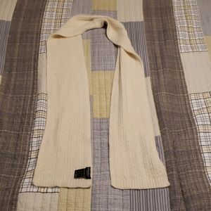 Eddie Bauer scarf